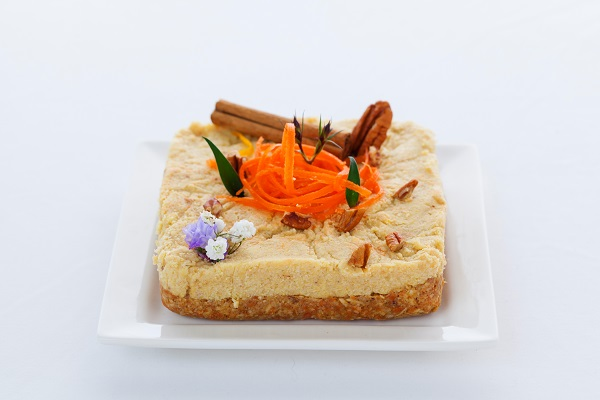 Vegan Raw Carrot Cake